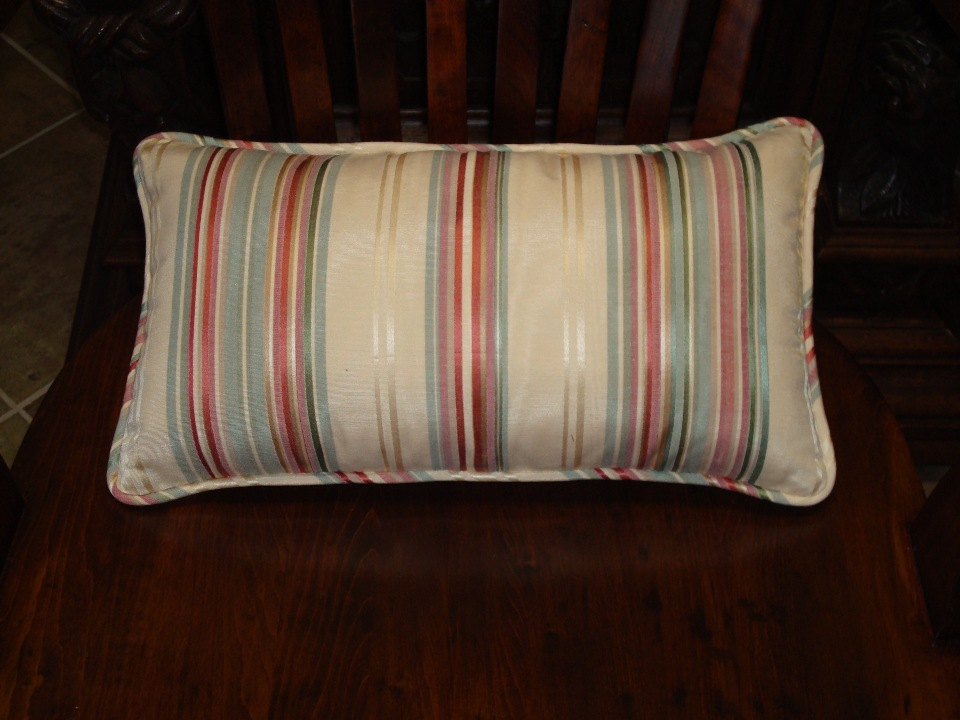 self welt pillow upholstering